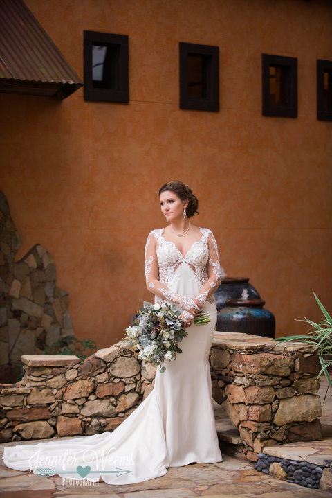 Agave Estates, Bridal Portrait, Austin Photographer, wedding dress, bride, wedding gown, Galia Lahav, bridal bouquet